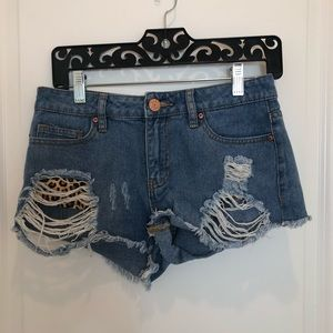Guess Distressed Jean Shorts Leopard Pockets 26